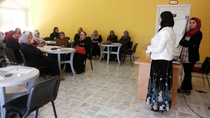 "Bildungsseminar ""Violence against women"" im jordanischen Karak; Foto: Omama Al Shameilah"