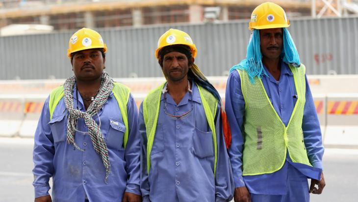 Gastarbeiter in Doha; Foto: Getty Images/W. Little
