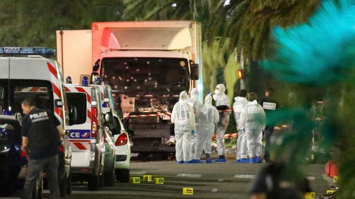 LKW des Nizza-Attentäters Mohamed Lahouaiej-Bouhlel; Foto: Reuters/E. Gaillard