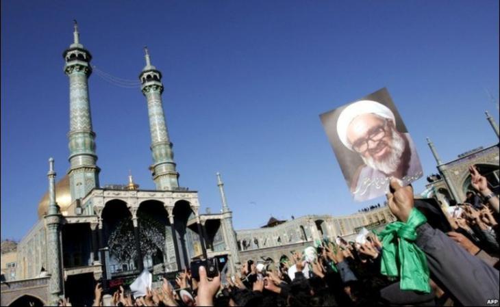 Beerdigung Montazeris in Qom im Jahr 2009; Foto: AFP