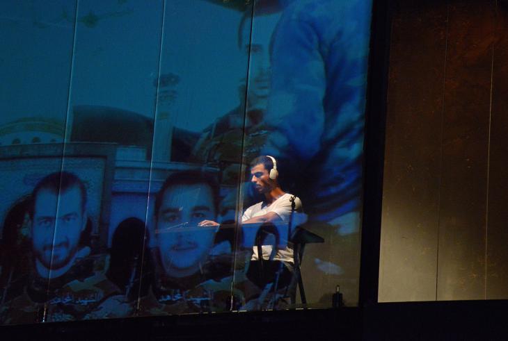 "Mohammad Al Attar, Autor des Stücks ""While I Was Waiting""; Foto: Christian Altorfer u. Ruud Gielens"