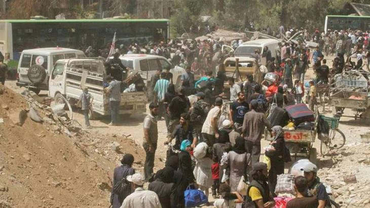 Evakuierung in Darajas; Foto: Reuters/Sana