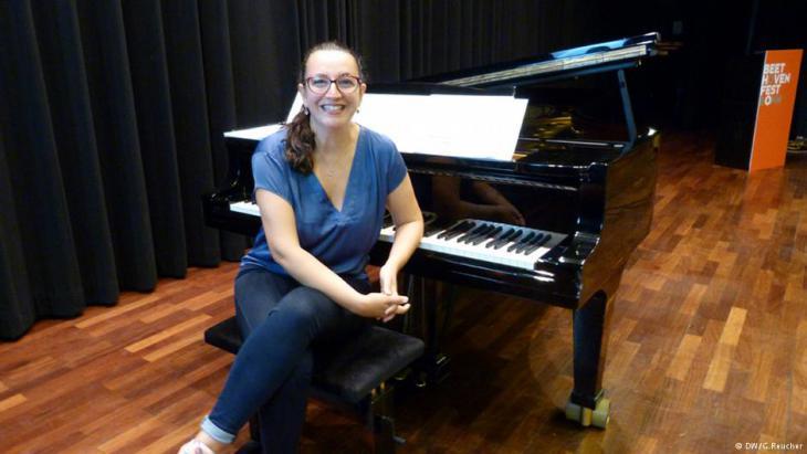 Seda Röder spielt neue Musik aus der arabischen Welt; Foto: DW/ G. Reucher