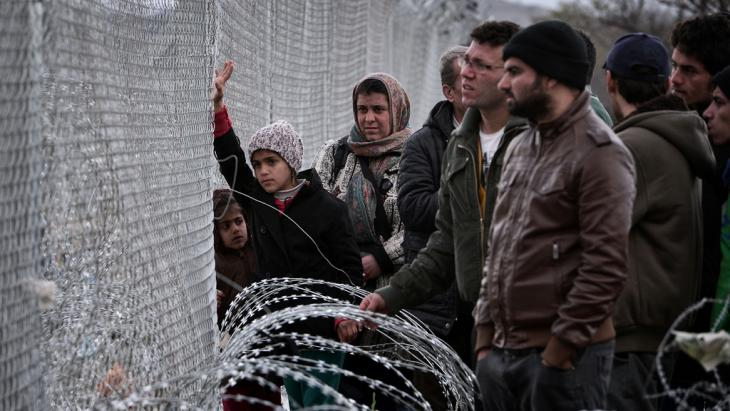 Flüchtlinge bei Idomeni; Foto: Getty Images/AFP/L. Gouliamaki