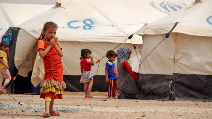 Flüchtlingslager im nordirakischen Gebiet Makhmour nahe Mossul; Foto: Reuters/A. Jalal