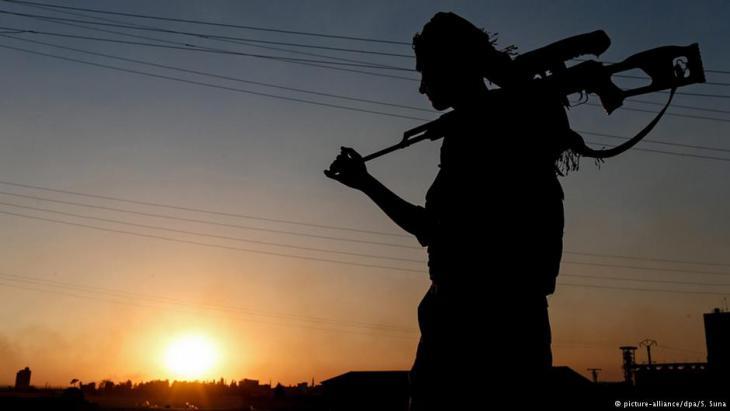 Rebellen in Ost-Aleppo; Foto: picture-alliance/dpa