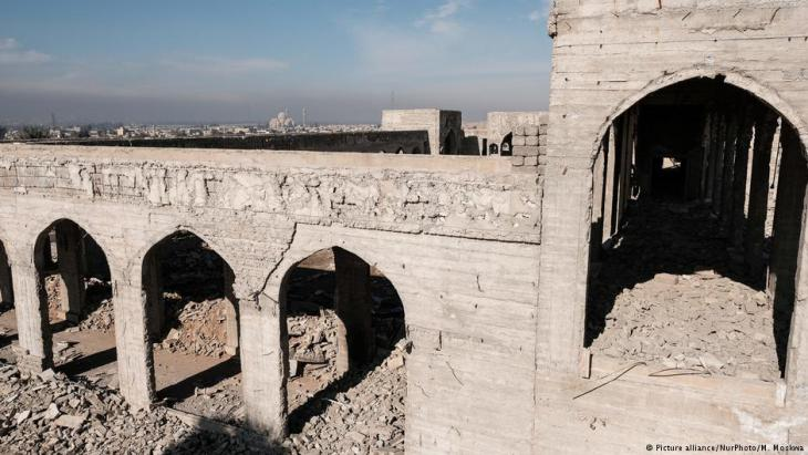 Der zerstörte Schrein von Nabi Yunus; Foto: picture-alliance