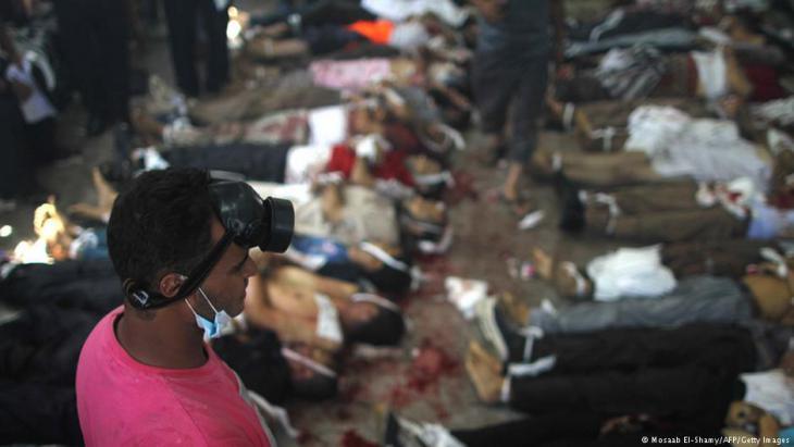 Tote nach der Erstürmung der Protestlager auf dem Rabi'a-al-Adawiyya-Platz in Kairo; Foto: AFP/Getty Images