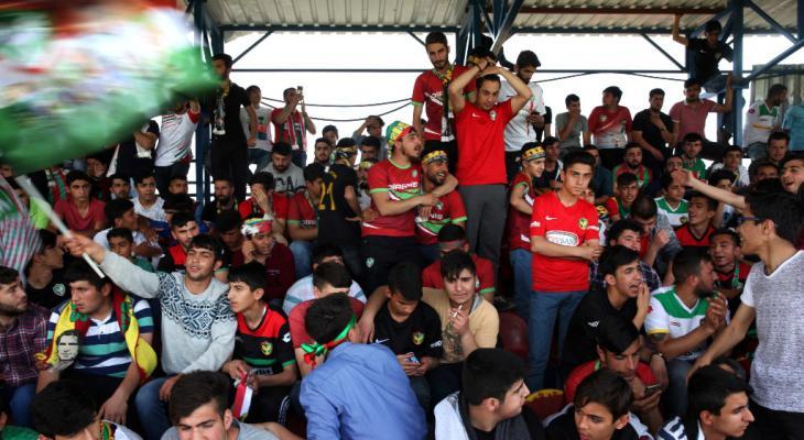 Fans des Fußballklubs Amedspor; Foto: Fatma Çelik/Aylin Kızıl