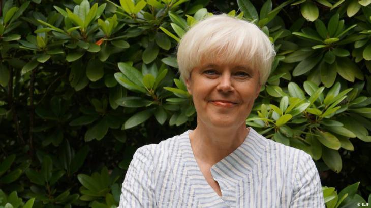 """Elise Bittenbinder, Vorsitzende der """"Bundesweiten Arbeitsgemeinschaft der Psychosozialen Zentren für Flüchtlinge und Folteropfer e.V."""" (BAfF); Quelle: BAfF"""