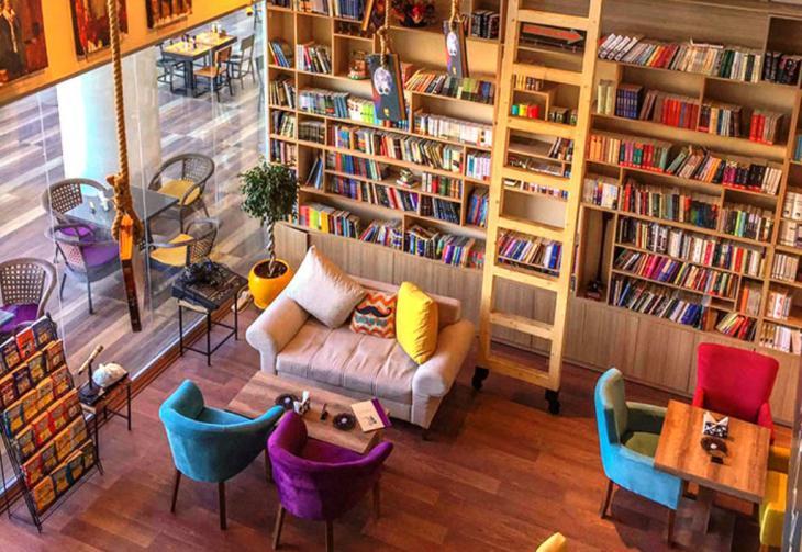 """Das """"Book Café"""" in Erbil; Quelle: Raseef22"""