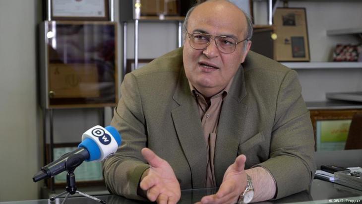 """Siamak Morsadegh ist Arzt, Parlamentsabgeordneter und Direktor des """"Tehran Jewish Committees""""; Foto: DW"""