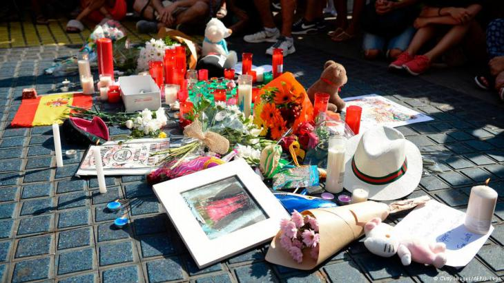 Trauerkundgebung in Barcelona am 18.08.2017 nach den Anschlägen radikaler Islamisten; Foto: Getty Images/AFP