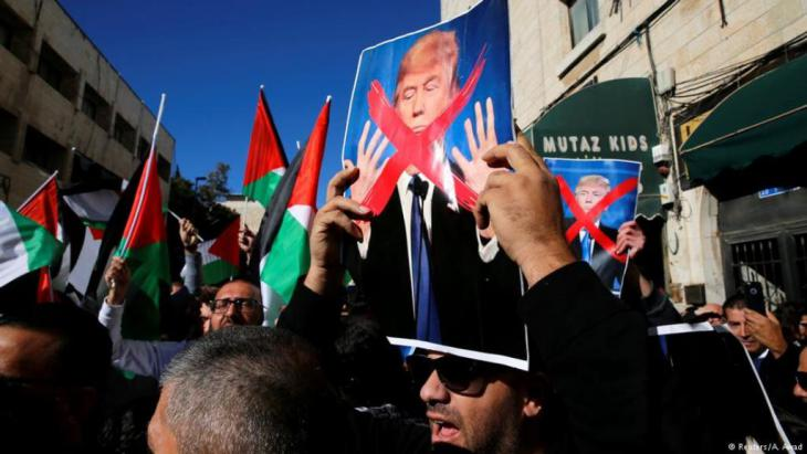 Proteste gegen Donald Trump in Ost-Jerusalem; Foto: Reuters/A. Awad
