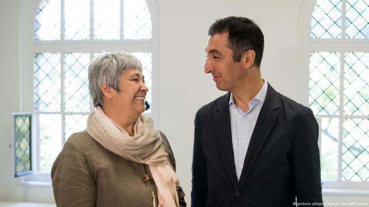 Grünen-Politiker Cem Özdemir und Seyran Ateş; Foto: picture-alliance/dpa