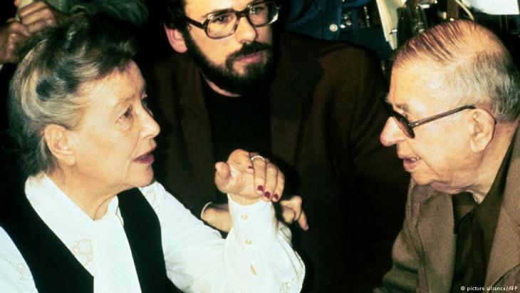 Jean-Paul Sartre mit Simone de Beauvoir; Foto: picture-alliance/AFP