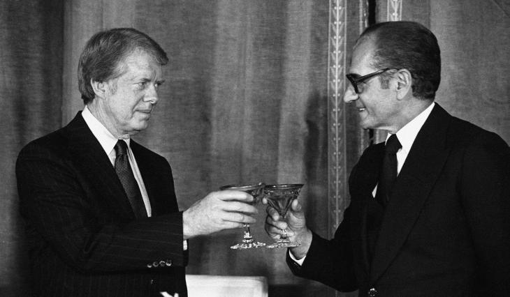 Der Schah zu Besuch bei US-Präsident Carter im November 1977 in Washington; Foto: Reuters