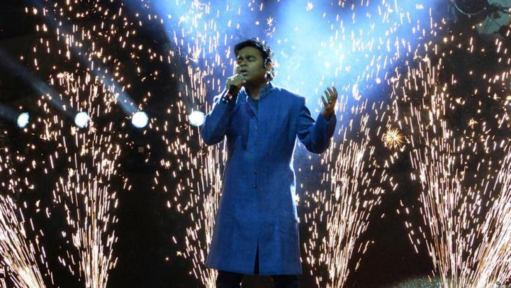 A.R. Rahman während eines Konzerts im indischen Bhopal im Jahr 2012; Foto: Rajeev Gupta/AP