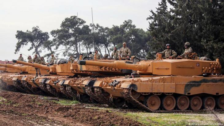 Türkische Offensive in Nordsyrien mit Leopard 2A4 Panzern; Foto: picture-alliance/dpa