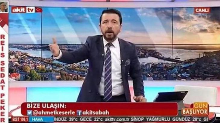 Akit-TV-Moderator Ahmet Keser während einer Sendung; Quelle: youtube