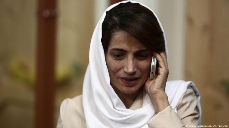 Die iranische Menschenrechtsaktivistin Nasrin Sotudeh; Foto: picture-alliance/abaca/K. Farzaneh