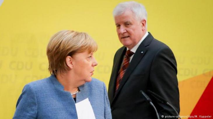 Angela Merkel und Horst Seehofer; Foto: picture-alliance/dpa