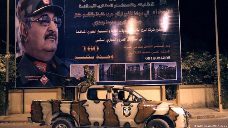 Einheiten der Nationalen Libyschen Armee (ANL) von General Haftar im September 2017 in Bengasi; Foto: Getty Images/AFP