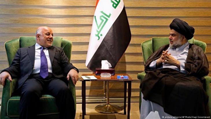 Muktada al-Sadr trifft Haider al-Abadi am 20. Mai 2018 in Bagdad; Foto: picture-alliance/AP