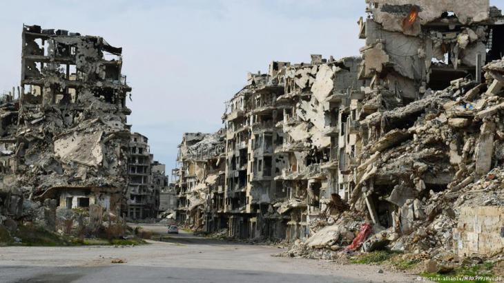 Zerstörtes Homs; Foto: picture-alliance