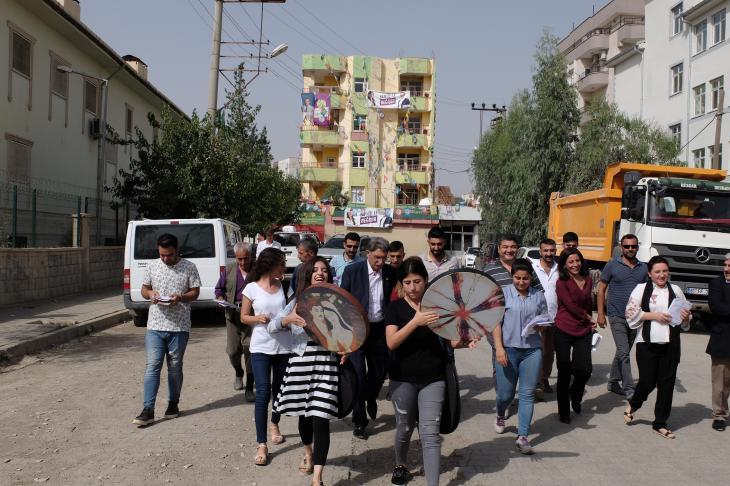Anhänger der HDP in Cizre; Foto: Ulrich von Schwerin