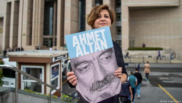 Einsatz für die Freilassung Mehmet Altans in der Türkei Foto Getty Images _Rose