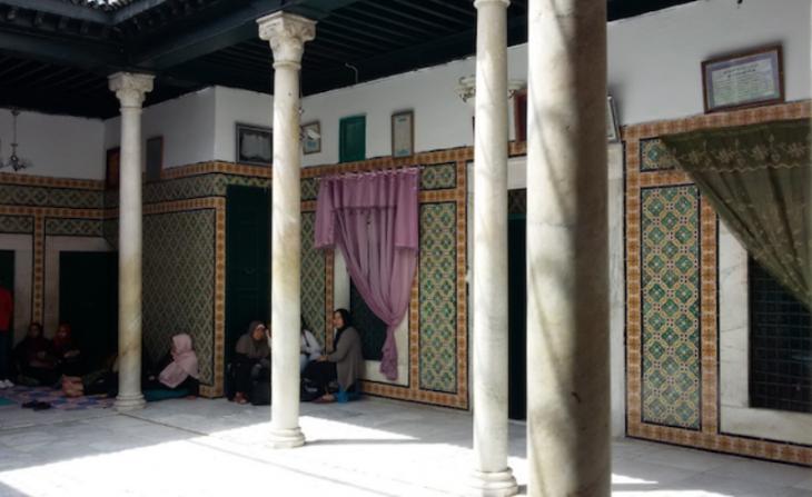 Der Schrein von Aicha Manoubiya westlich von Tunis; Foto: Safa Belghith
