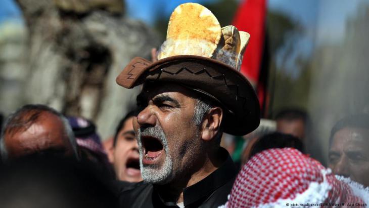 Proteste gegen die Erhöhung der Lebensmittelpreise in Jordanien am 1. Februar 2018; Foto: picture-alliance