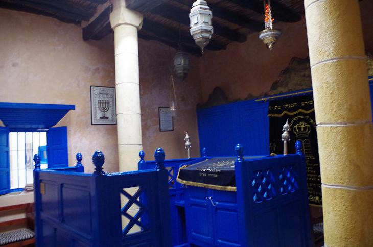 Einrichtung der Rabbi Haim Pinto-Synagoge in Essaouira; Foto: Claudia Mende