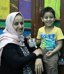 Fatima el-Mutahar mit ihrem Sohn | © Goethe-Institut/Sandra Wolf