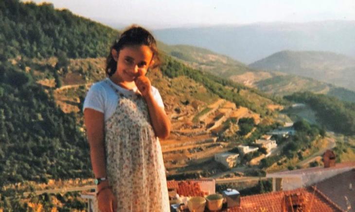 Huda al-Jundi während ihres Urlaubs in einem Dorf in Syrien; Foto: privat