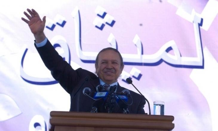 Algeriens Präsident Abdelaziz Bouteflika während einer Veranstaltung im Rahmen des nationalen Aussöhnungsprozesses im September 2005 in Algier; Foto: Democratic and Popular Republic of Algeria website