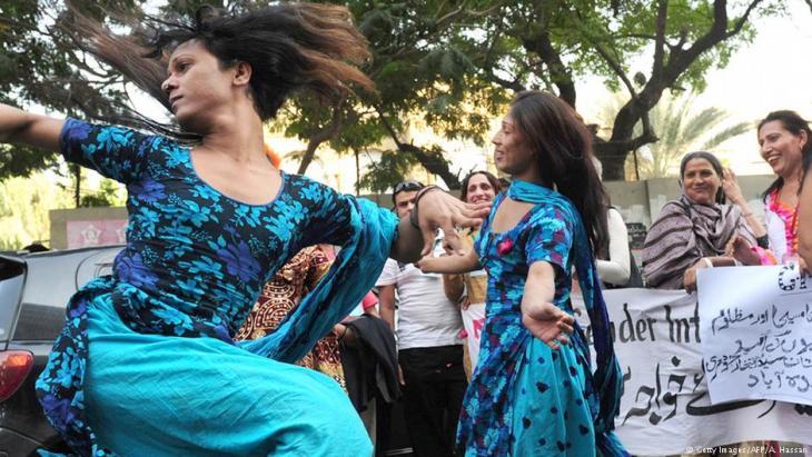 Transsexuellen-Demo in Karatschi im Dezember 2010; Foto: Getty Images/AFP/A. Hassan