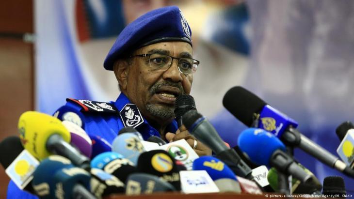 Der sudanesische Präsident Omar al-Baschir; Foto: picture-alliance