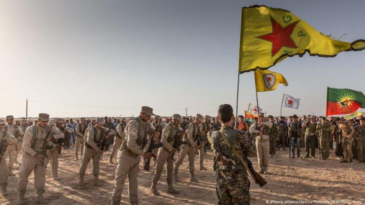 YPG-Einheiten in Rojava; Foto: picture-alliance/dpa