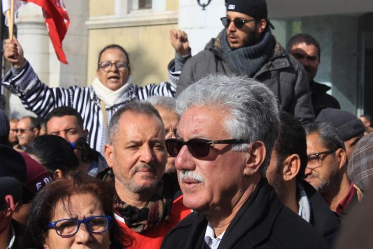 Hamma Hammami während einer Protestveranstaltung in der Innenstadt von Tunis im Rahmen des Generalstreiks; Foto: Sofian Philip Naceur