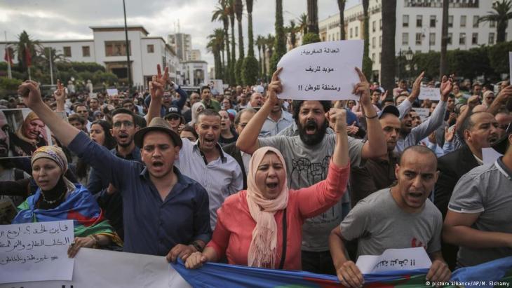 Marokko - Proteste gegen die Verurteilung von Rif-Aktivisten (picture alliance/AP/