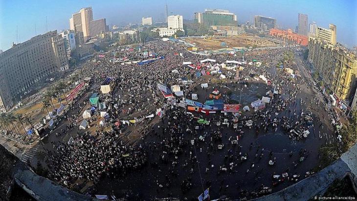 Der Tahrir-Platz während des Volksaufstands gegen Husni Mubarak im Januar 2011; Foto: dpa/picture-alliance