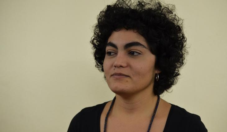 Die libanesische Comickünstlerin Rawand Issa; Foto: Rawand Issa