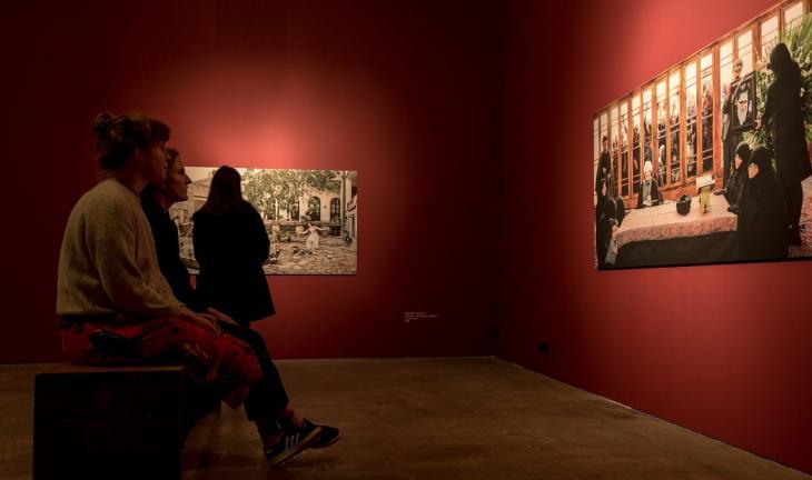 """Ausstellung """"Vergessene Aufklärungen – unbekannte Geschichten über den Islam in der zeitgenössischen Kunst""""; Foto: Goethe-Institut/ Walther Le Kon"""