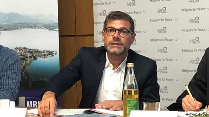 Ulrich Schneider von der Stiftung Friedensdialog der Weltreligionen und Zivilgesellschaft; Foto: DW