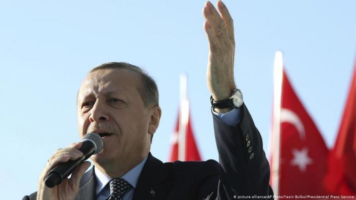 Der türkische Präsident Recep Tayyip Erdoğan; Foto: picture-alliance/AP