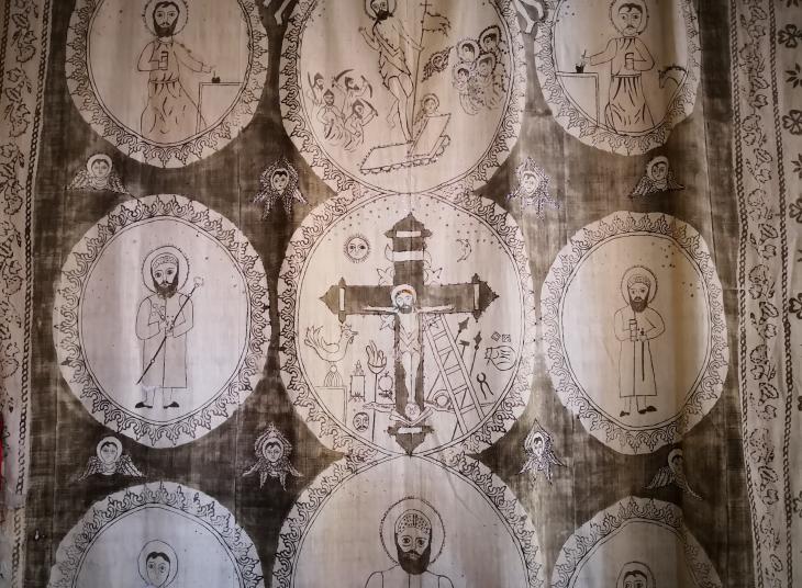 Syrisch-orthodoxer Wandteppich einer Kirche im Tur Abdin; Foto: Marian Brehmer