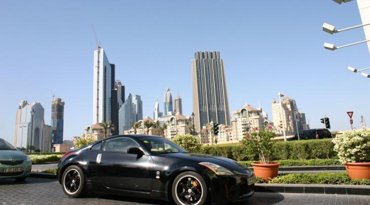 Luxuswagen in Dubai; Foto: Marian Brehmer
