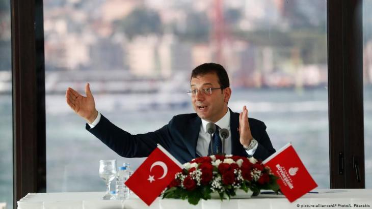 Der türkische Oppositionspolitiker Ekrem İmamoğlu; Foto: picture-alliance/AP
